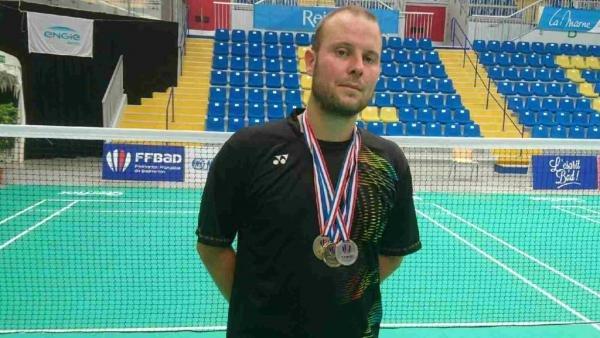 23 Julien Or, Argent Et Bronze